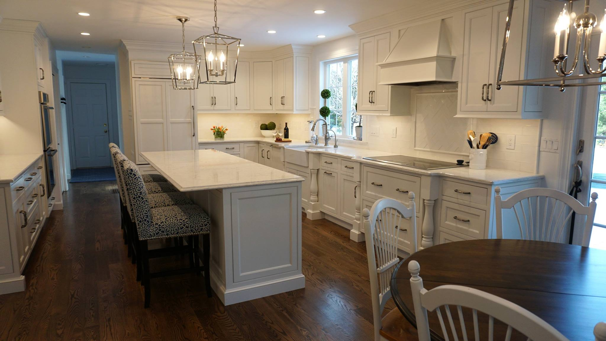 Custom Light Fixtures & Residential Interior Designer