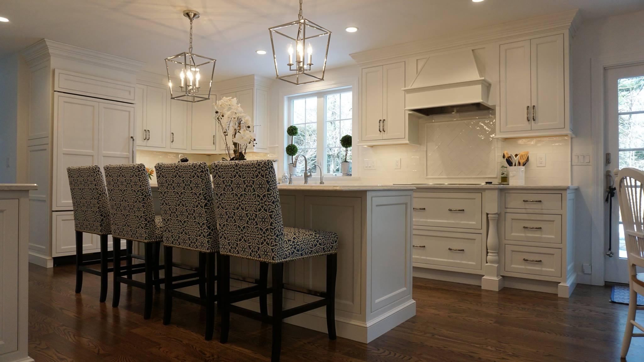 Kitchen Interior Designer & Custom Light Fixtures